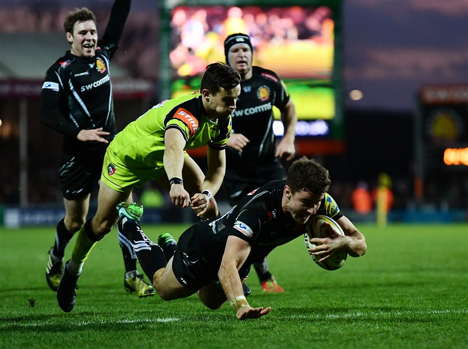 EXETER, ENGLAND - DECEMBER 24:  Ollie Devoto of Exeter Chiefs dives over to score his side's fourth try during the Aviva Premiership match between Exeter Chiefs and Leicester Tigers at Sandy Park on December 24, 2016 in Exeter, England. (Photo by Dan Mullan/Getty Images)