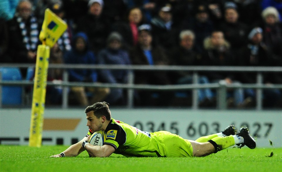 EXETER, UNITED KINGDOM - DECEMBER 24: Jono Kitto of Leicester Tigers goes over for his sides try during the Aviva Premiership match between Exeter Chiefs and Leicester Tigers at Sandy Park on December 24 2016 in Exeter, England. (Photo by Harry Trump/Getty Images)