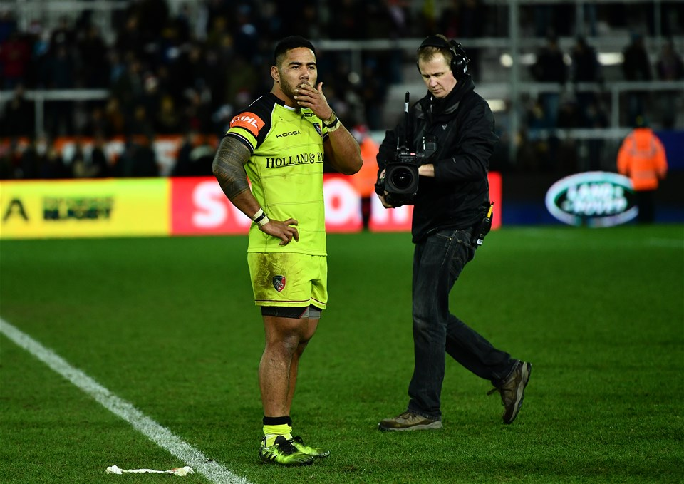 EXETER, ENGLAND - DECEMBER 24:  Manu Tuilagi of Leicester Tigers looks dejected following his side's defeat during the Aviva Premiership match between Exeter Chiefs and Leicester Tigers at Sandy Park on December 24, 2016 in Exeter, England. (Photo by Dan Mullan/Getty Images)