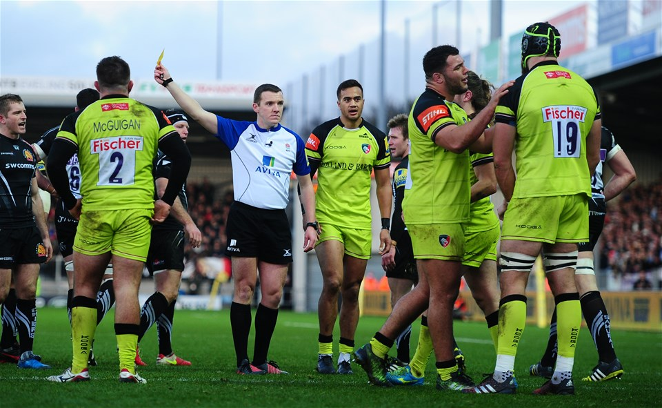 EXETER, UNITED KINGDOM - DECEMBER 24: Graham Kitchener of Leicester Tigers(R) is shown a yellow card during the Aviva Premiership match between Exeter Chiefs and Leicester Tigers at Sandy Park on December 24 2016 in Exeter, England. (Photo by Harry Trump/Getty Images)