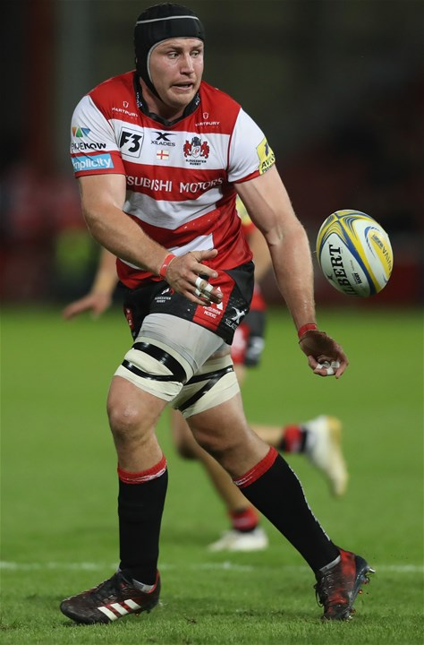 GLOUCESTER, ENGLAND - SEPTEMBER 01:  Ben Morgan of Gloucester passes the ball during the Aviva Premiership match between Gloucester Rugby and Exeter Chiefs at Kingsholm Stadium on September 1, 2017 in Gloucester, England.  (Photo by David Rogers/Getty Images)
