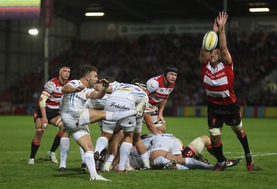 GLOUCESTER, ENGLAND - SEPTEMBER 01:  Nic White of Exeter kicks the ball upfield during the Aviva Premiership match between Gloucester Rugby and Exeter Chiefs at Kingsholm Stadium on September 1, 2017 in Gloucester, England.  (Photo by David Rogers/Getty Images)