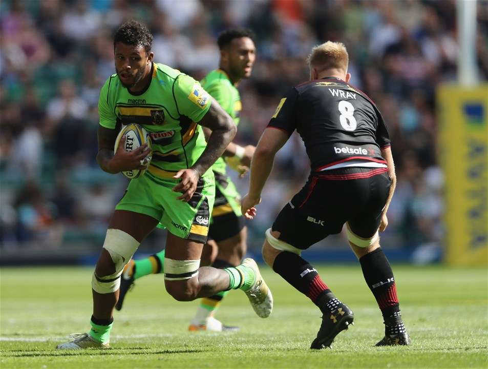 LONDON, ENGLAND - SEPTEMBER 02:  Courtney Lawes of Northampton takes on Jackson Wray during the Aviva Premiership match between Saracens and Northampton Saints at Twickenham Stadium on September 2, 2017 in London, England.  (Photo by David Rogers/Getty Images)