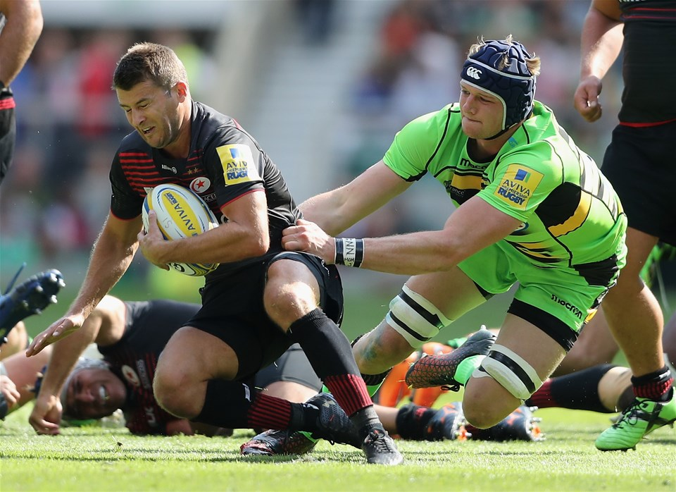 LONDON, ENGLAND - SEPTEMBER 02:  Richard Wigglesworth of Saracens is tackled by David Ribbans during the Aviva Premiership match between Saracens and Northampton Saints at Twickenham Stadium on September 2, 2017 in London, England.  (Photo by David Rogers/Getty Images)