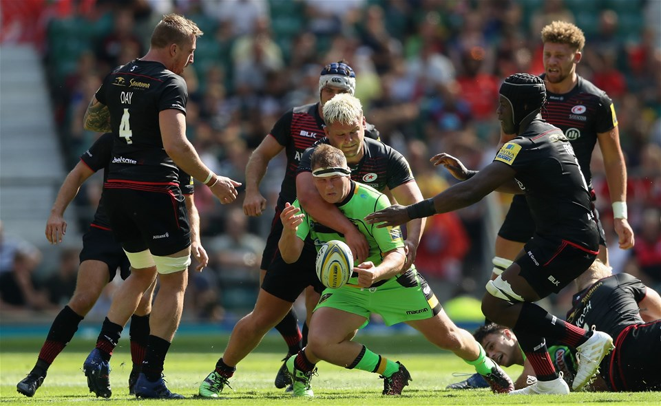 LONDON, ENGLAND - SEPTEMBER 02:  Dylan Hartley of Northampton is tackled by Richard Barrington during the Aviva Premiership match between Saracens and Northampton Saints at Twickenham Stadium on September 2, 2017 in London, England.  (Photo by David Rogers/Getty Images)