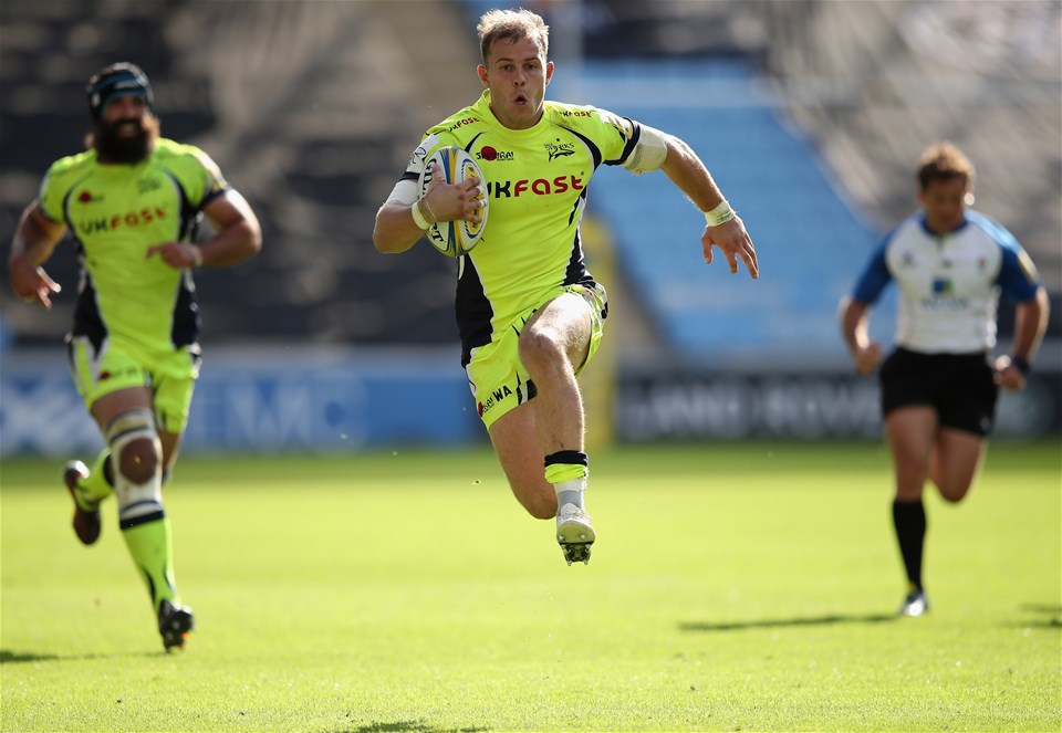 COVENTRY, ENGLAND - SEPTEMBER 02:  Will Addison of Sale Sharks in action during the Aviva Premiership match between Wasps and Sale Sharks at The Ricoh Arena on September 2, 2017 in Coventry, England.  (Photo by Clive Mason/Getty Images)