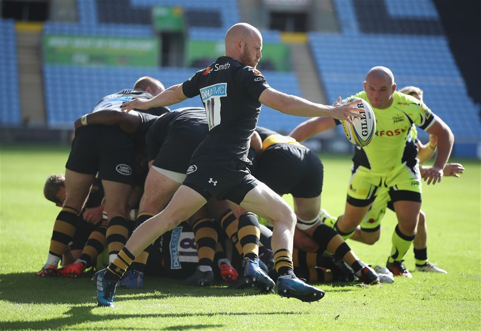 COVENTRY, ENGLAND - SEPTEMBER 02:Joe Simpson of Wasps in action during the Aviva Premiership match between Wasps and Sale Sharks at The Ricoh Arena on September 2, 2017 in Coventry, England.  (Photo by Clive Mason/Getty Images)