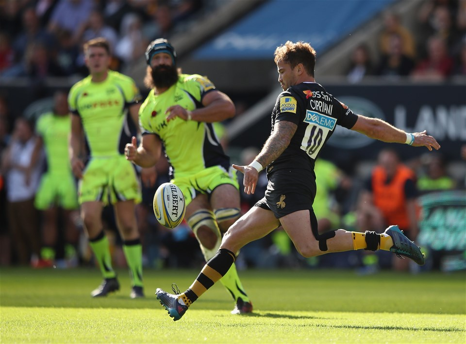 COVENTRY, ENGLAND - SEPTEMBER 02:  Danny Cipriani of Wasps in action during the Aviva Premiership match between Wasps and Sale Sharks at The Ricoh Arena on September 2, 2017 in Coventry, England.  (Photo by Clive Mason/Getty Images)