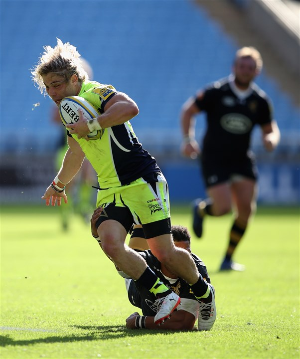 COVENTRY, ENGLAND - SEPTEMBER 02:  Faf de Klerk of Sale Sharks in action during the Aviva Premiership match between Wasps and Sale Sharks at The Ricoh Arena on September 2, 2017 in Coventry, England.  (Photo by Clive Mason/Getty Images)