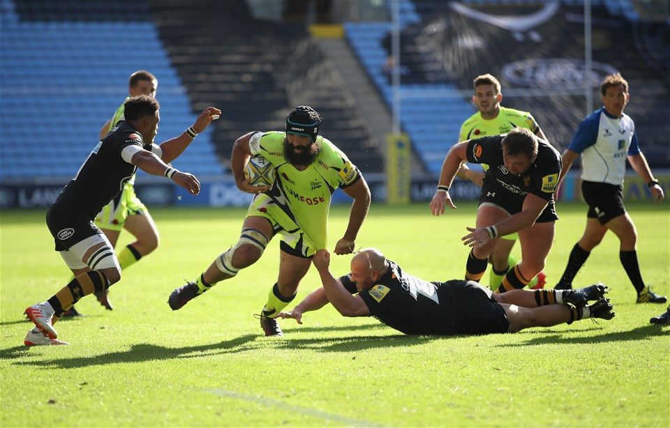 COVENTRY, ENGLAND - SEPTEMBER 02:  Josh Stauss of Sale Sharks in action during the Aviva Premiership match between Wasps and Sale Sharks at The Ricoh Arena on September 2, 2017 in Coventry, England.  (Photo by Clive Mason/Getty Images)