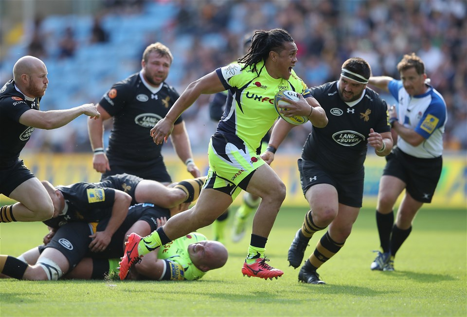 COVENTRY, ENGLAND - SEPTEMBER 02:  TJ Ioane of Sale Sharks in action during the Aviva Premiership match between Wasps and Sale Sharks at The Ricoh Arena on September 2, 2017 in Coventry, England.  (Photo by Clive Mason/Getty Images)