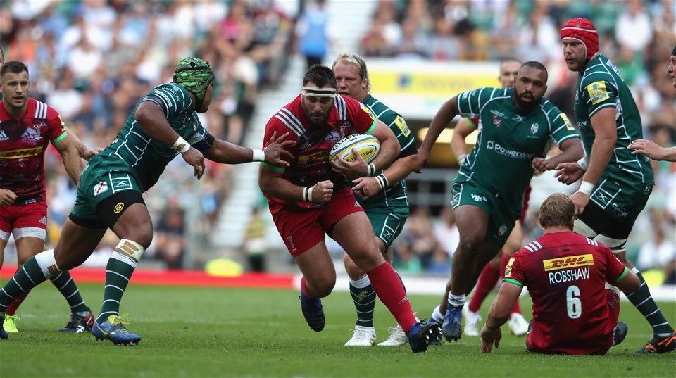 LONDON, ENGLAND - SEPTEMBER 02:  Willi Collier of Harlequins breaks with the ball during the Aviva Premiership match between London Irish and Harlequins at Twickenham Stadium on September 2, 2017 in London, England.  (Photo by David Rogers/Getty Images)