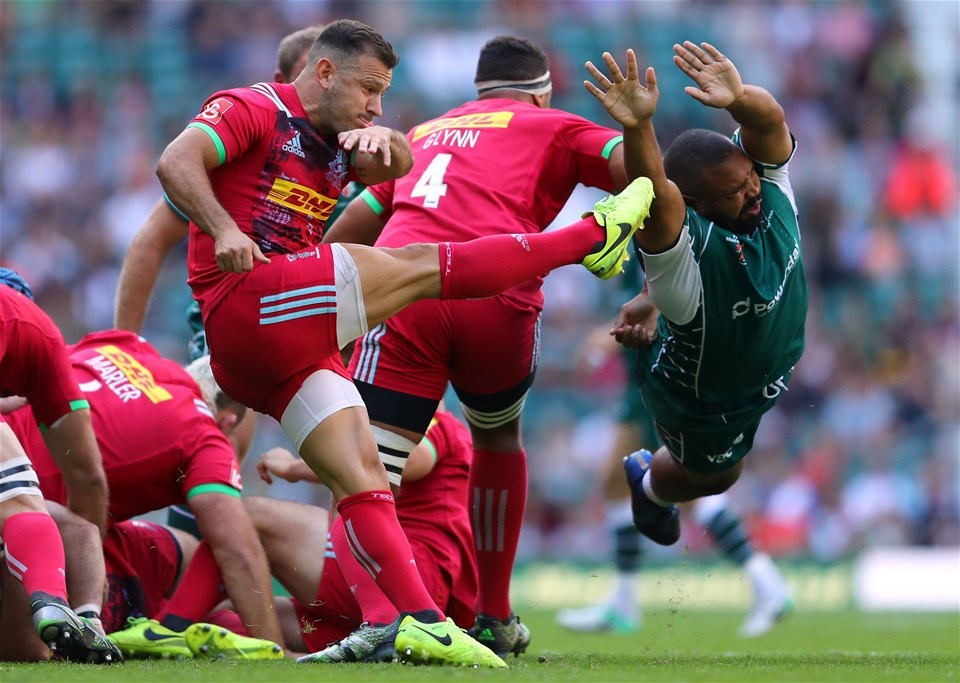 LONDON, ENGLAND - SEPTEMBER 02:  Danny Hobbs-Awoyemi of London Irish attempts to block a kick by Danny Care of Harlequins during the Aviva Premiership match between London Irish and Harlequins at Twickenham Stadium on September 2, 2017 in London, England.  (Photo by Warren Little/Getty Images)