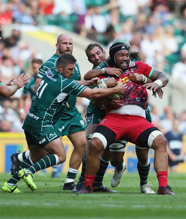 LONDON, ENGLAND - SEPTEMBER 02:  Mathew Luamanu of Harlequins is tackled by Blair Cowan and Brendan McKibbin of London Irish during the Aviva Premiership match between London Irish and Harlequins at Twickenham Stadium on September 2, 2017 in London, England.  (Photo by David Rogers/Getty Images)