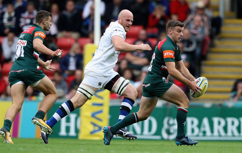 LEICESTER, ENGLAND - SEPTEMBER 03:  George Ford of Leicester breaks with the ball during the Aviva Premiership match between Leicester Tigers and Bath Rugby at Welford Road on September 3, 2017 in Leicester, England.  (Photo by David Rogers/Getty Images)