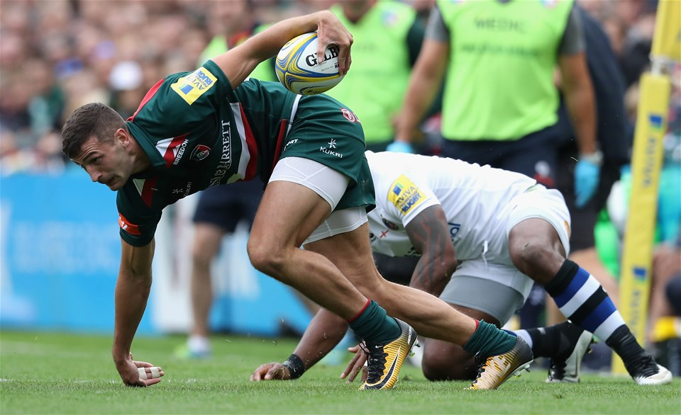 LEICESTER, ENGLAND - SEPTEMBER 03:  Jonny May of Leicester moves away from Semesa Rokoduguni  during the Aviva Premiership match between Leicester Tigers and Bath Rugby at Welford Road on September 3, 2017 in Leicester, England.  (Photo by David Rogers/Getty Images)