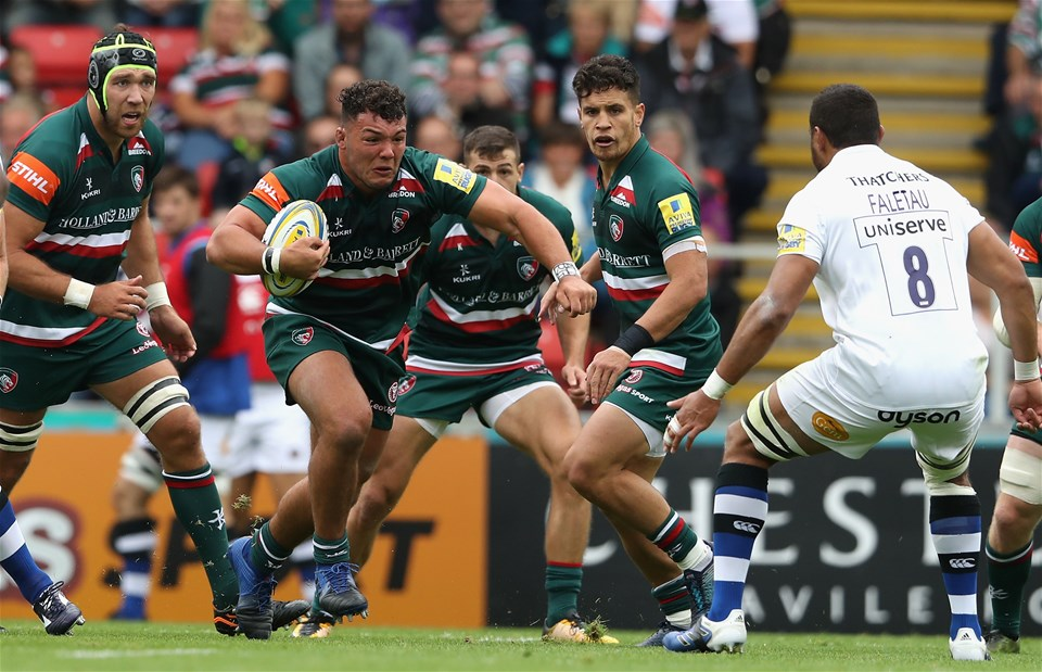 LEICESTER, ENGLAND - SEPTEMBER 03:  Ellis Genge of Leicester charges upfield during the Aviva Premiership match between Leicester Tigers and Bath Rugby at Welford Road on September 3, 2017 in Leicester, England.  (Photo by David Rogers/Getty Images)