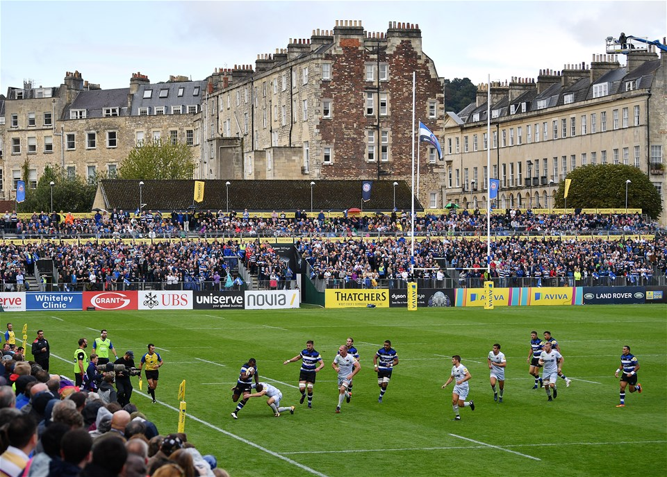 BATH, ENGLAND - SEPTEMBER 09:  A general view of play during the Aviva Premiership match between Bath Rugby and Saracens at Recreation Ground on September 9, 2017 in Bath, England. (Photo by Dan Mullan/Getty Images)