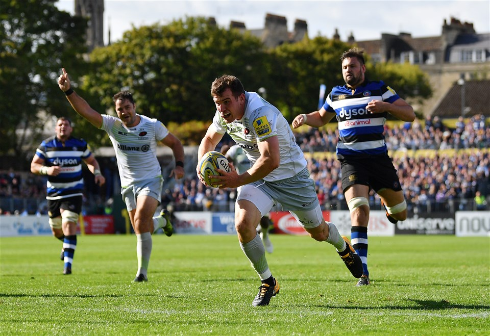 BATH, ENGLAND - SEPTEMBER 09:  Ben Spencer of Saracens breaks through to score a try during the Aviva Premiership match between Bath Rugby and Saracens at Recreation Ground on September 9, 2017 in Bath, England. (Photo by Dan Mullan/Getty Images)