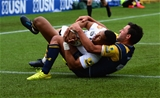 WORCESTER, ENGLAND - SEPTEMBER 10:  Jonny Arr of Worcester Warriors tackles Marcus Watson of Wasps as he rolls over to score a try during the Aviva Premiership match between Worcester Warriors and Wasps at Sixways Stadium on September 10, 2017 in Worcester, England.  (Photo by Tony Marshall/Getty Images)
