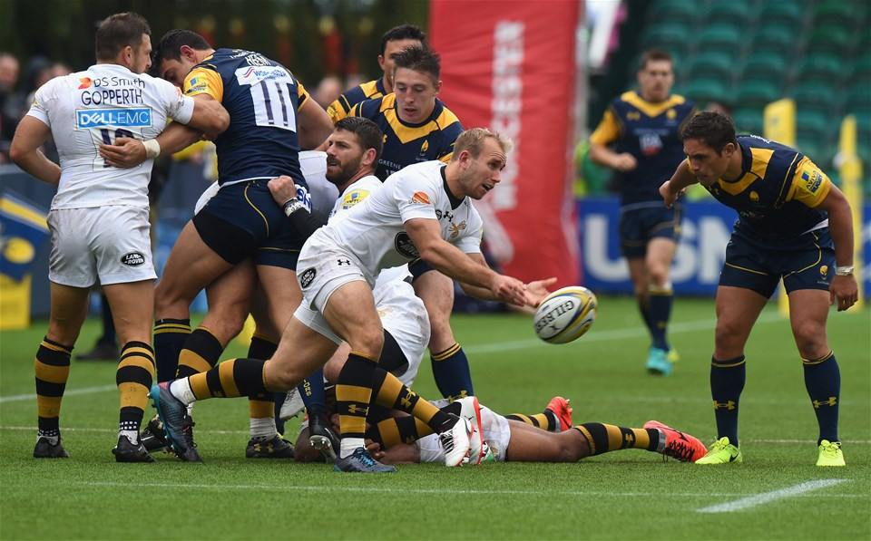 WORCESTER, ENGLAND - SEPTEMBER 10:  Dan Robson of Wasps during the Aviva Premiership match between Worcester Warriors and Wasps at Sixways Stadium on September 10, 2017 in Worcester, England.  (Photo by Tony Marshall/Getty Images)