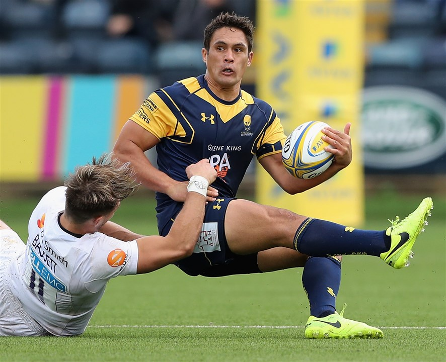 WORCESTER, ENGLAND - SEPTEMBER 10:  Jackson Willison of Worcester is tackled by Josh Bassett  during the Aviva Premiership match between Worcester Warriors and Wasps at Sixways Stadium on September 10, 2017 in Worcester, England.  (Photo by David Rogers/Getty Images)