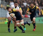 WORCESTER, ENGLAND - SEPTEMBER 10:   Sam Lewis of Worcester moves past Nathan Hughes during the Aviva Premiership match between Worcester Warriors and Wasps at Sixways Stadium on September 10, 2017 in Worcester, England.  (Photo by David Rogers/Getty Images)