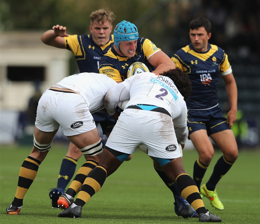 WORCESTER, ENGLAND - SEPTEMBER 10:  Pierce Phillips of Worcester is tackled during the Aviva Premiership match between Worcester Warriors and Wasps at Sixways Stadium on September 10, 2017 in Worcester, England.  (Photo by David Rogers/Getty Images)