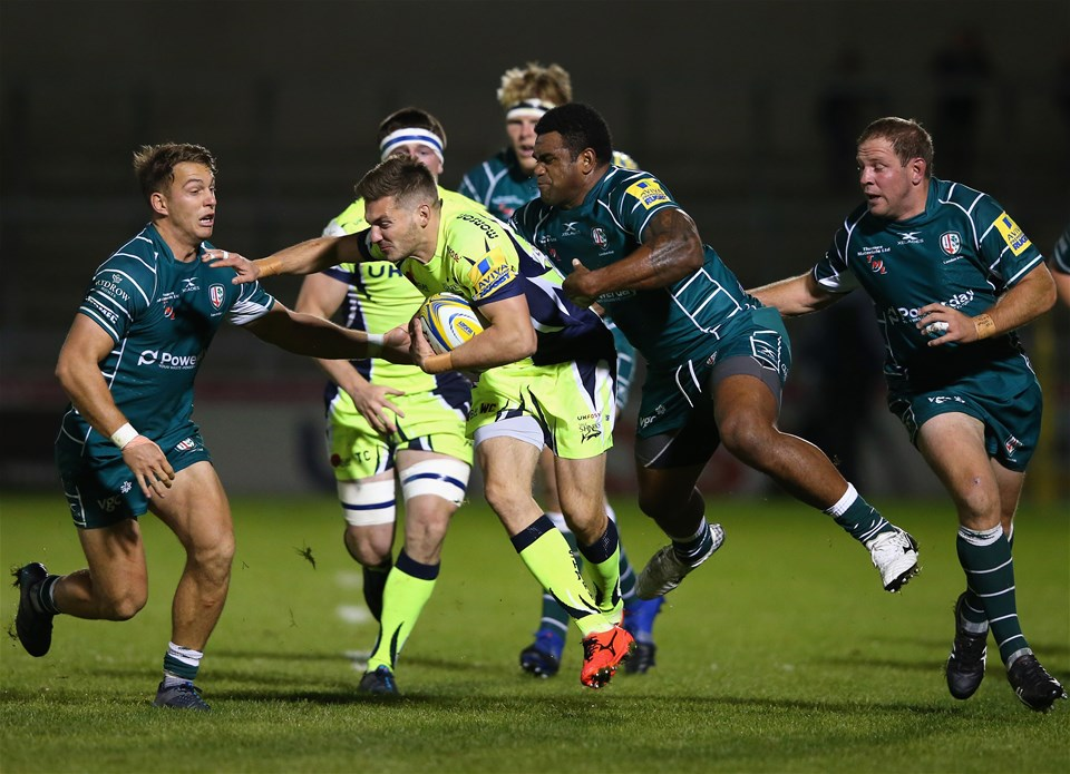 SALFORD, ENGLAND - SEPTEMBER 15:  Will Cliff of Sale Sharks is tackled by Napolioni Nalaga of London Irish during the Aviva Premiership match between Sale Sharks and London Irish at AJ Bell Stadium on September 15, 2017 in Salford, England.  (Photo by Alex Livesey/Getty Images)