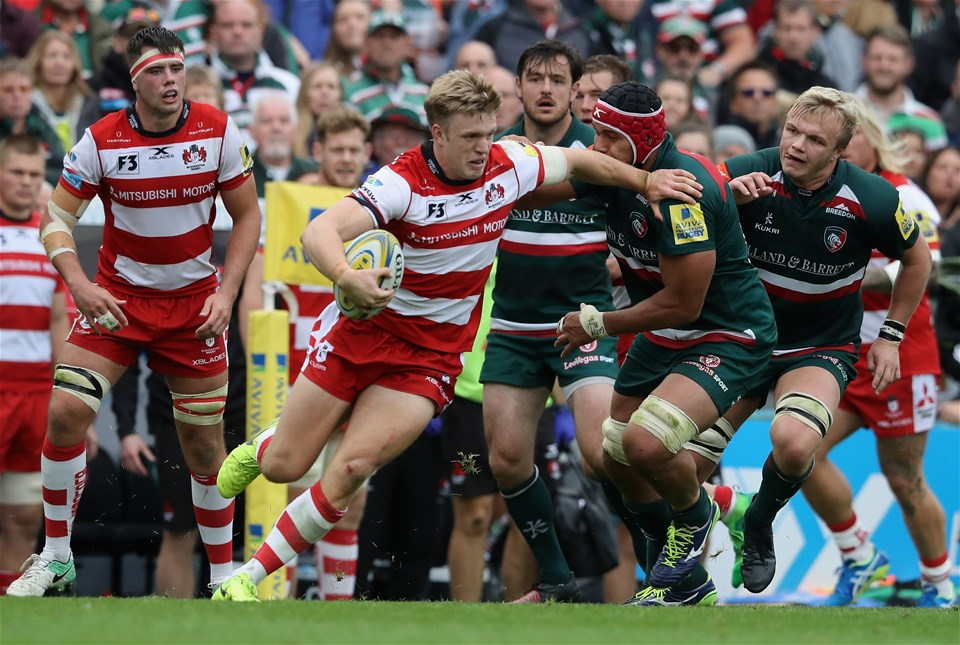 LEICESTER, ENGLAND - SEPTEMBER 16:  Ollie Thornley of Gloucester breaks with the ball during the Aviva Premiership match between Leicester Tigers and Gloucester Rugby at Welford Road on September 16, 2017 in Leicester, England.  (Photo by David Rogers/Getty Images)