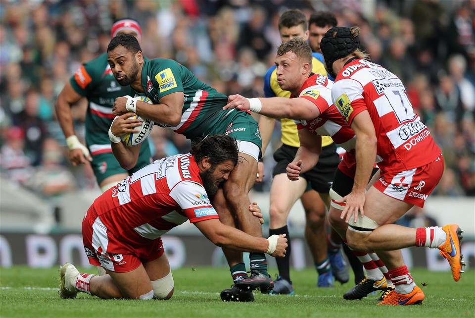 LEICESTER, ENGLAND - SEPTEMBER 16:   Telusa Veainu of Leicester is tackled during the Aviva Premiership match between Leicester Tigers and Gloucester Rugby at Welford Road on September 16, 2017 in Leicester, England.  (Photo by David Rogers/Getty Images)