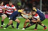 GLOUCESTER, ENGLAND - SEPTEMBER 22:  Motu Mati'u of Gloucester is tackled by Alafoti Faosiliva (R) and Jackson Willison (L) of Worcester Warriors during the Aviva Premiership match between Gloucester Rugby and Worcester Warriors at Kingsholm Stadium on September 22, 2017 in Gloucester, England.  (Photo by Michael Steele/Getty Images)