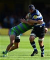 BATH, ENGLAND - SEPTEMBER 23: Paul Grant of Bath Rugby looks to break past Chris Harris of Newcastle Falcons during the Aviva Premiership match between Bath Rugby and Newcastle Falcons at the Recreation Ground on September 23, 2017 in Bath, England. (Photo by Harry Trump/Getty Images)