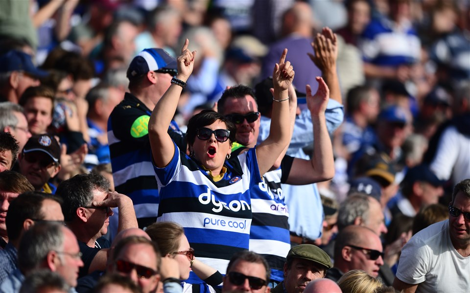 BATH, ENGLAND - SEPTEMBER 23: Bath Fans celebrate a try during the Aviva Premiership match between Bath Rugby and Newcastle Falcons at the Recreation Ground on September 23, 2017 in Bath, England. (Photo by Harry Trump/Getty Images)