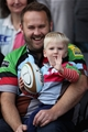 LONDON, ENGLAND - SEPTEMBER 23:  A young Harlequins fan during the Aviva Premiership match between Harlequins and Leicester Tigers at Twickenham Stoop on September 23, 2017 in London, England.  (Photo by Christopher Lee/Getty Images)