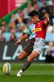 LONDON, ENGLAND - SEPTEMBER 23: Marcus Smith of Harlequins takes a place kick during the Aviva Premiership match between Harlequins and Leicester Tigers at Twickenham Stoop on September 23, 2017 in London, England. (Photo by Steve Bardens/Getty Images for Harlequins)