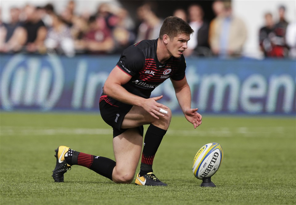 BARNET, ENGLAND - SEPTEMBER 23: Owen Farrell of Saracens lines up a kick during the Aviva Premiership match between Saracens and Sale Sharks at Allianz Park on September 23, 2017 in Barnet, England. (Photo by Henry Browne/Getty Images)